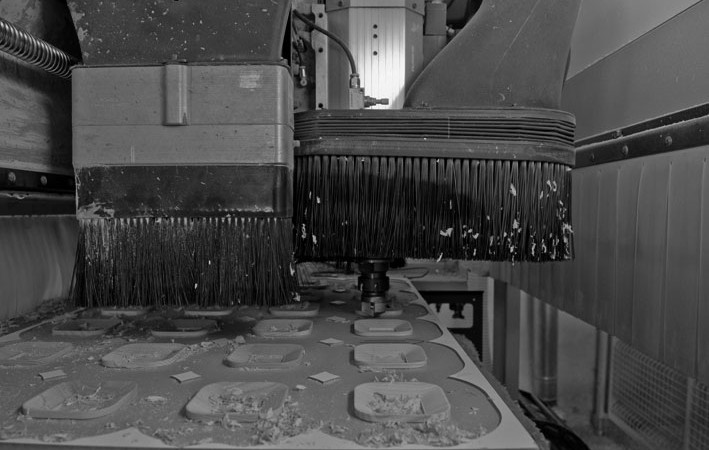 Produzione di maniglie in legno