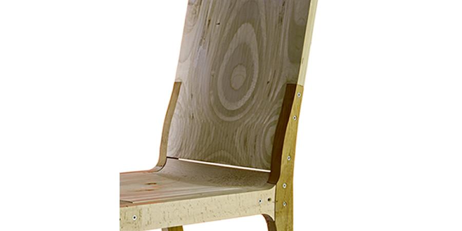 sedia in legno di alto design